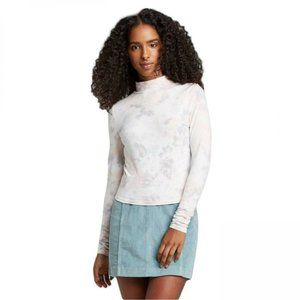 NWT Size S White Pour Dye Crop Top Long Sleeve Tee